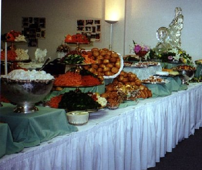 Wedding Buffet Table Pictures Wedding buffet table with ice
